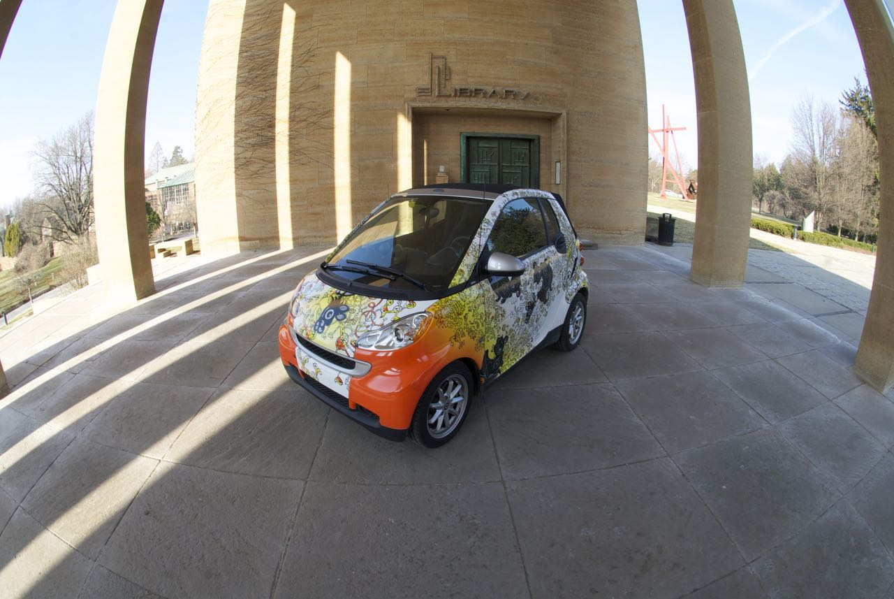 Candy and Horses the Entenmann Smart Car